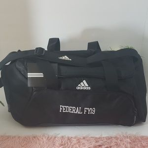 Adidas medium duffle bag NWT